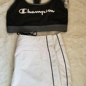 Champion Tops - SOLD Set Spellout sports bra + White shorts L